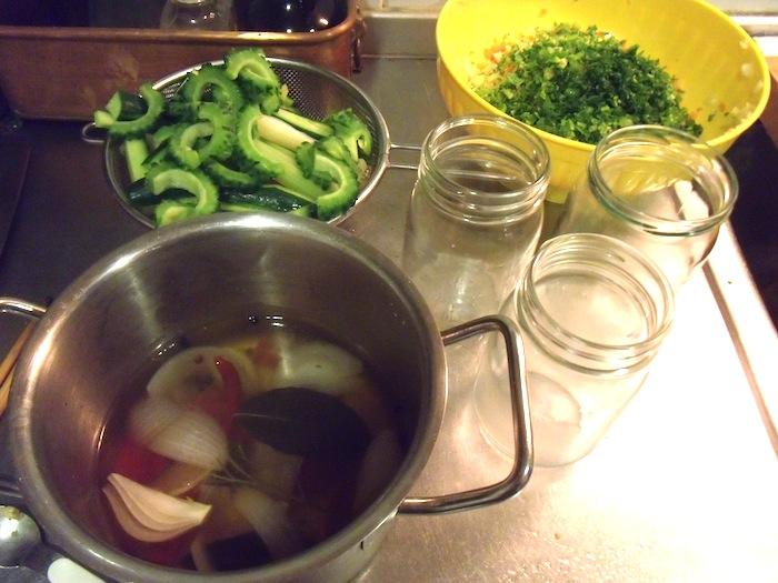 夏野菜のピクルス_b0282654_23125512.jpg
