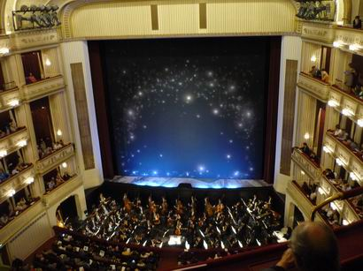 「利口な女狐の物語」ウィーン国立歌劇場の公演より_a0280569_0323622.jpg