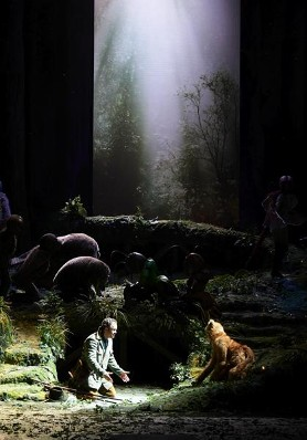 「利口な女狐の物語」ウィーン国立歌劇場の公演より_a0280569_0345821.jpg