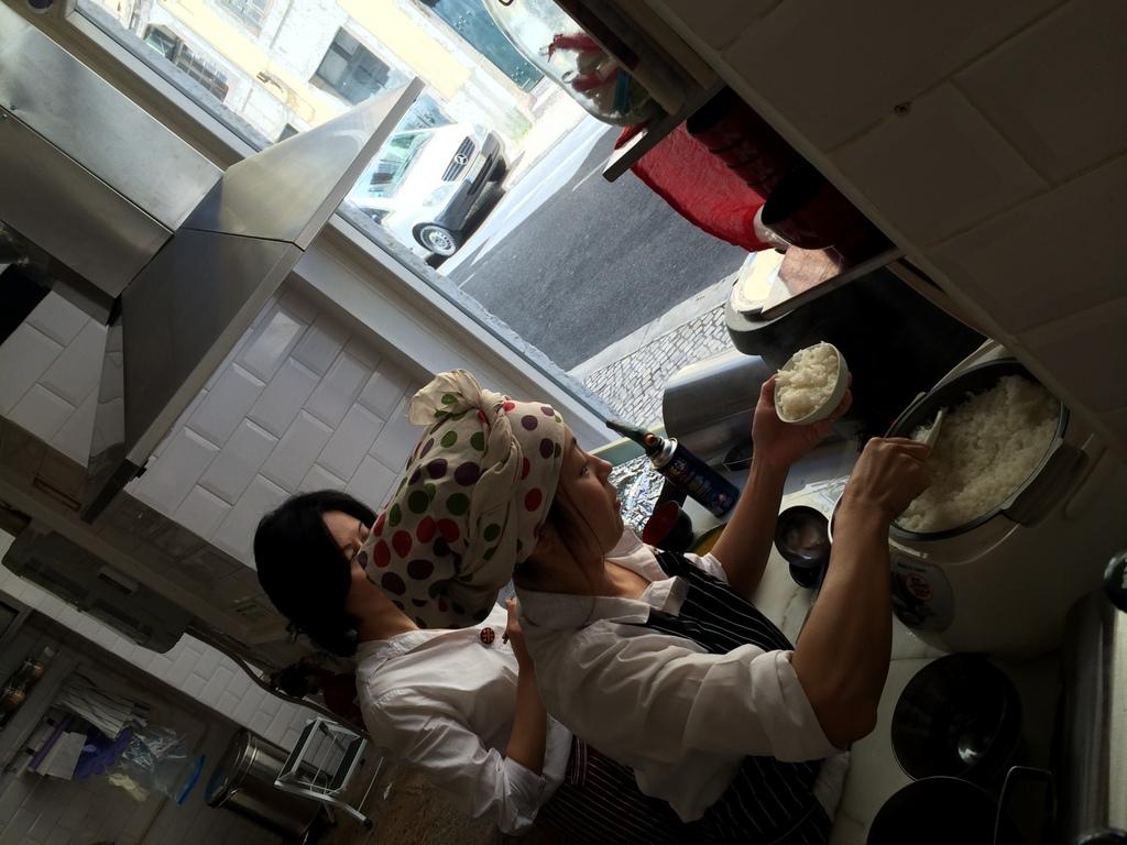 Tasca KOME リスボンの和食店。_c0180686_17571617.jpg