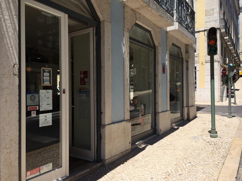 Tasca KOME リスボンの和食店。_c0180686_17590660.jpg