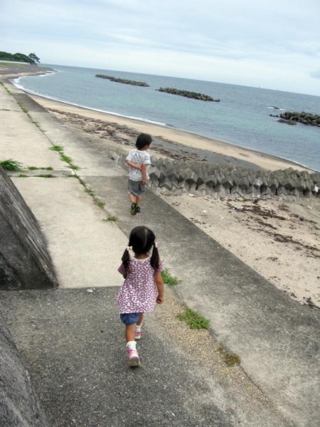 海で遊ぶ_f0129726_2132796.jpg