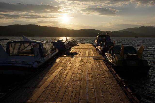 湖畔の夕暮_a0257652_16591160.jpg
