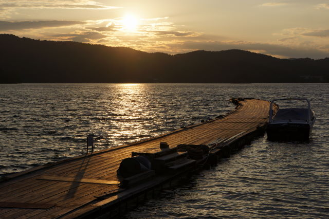 湖畔の夕暮_a0257652_1743411.jpg