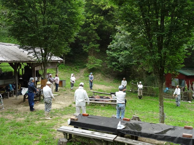 パイプハウス増設の屋根張り完了 in 孝子の森     by     (TATE-misaki)_c0108460_21370849.jpg