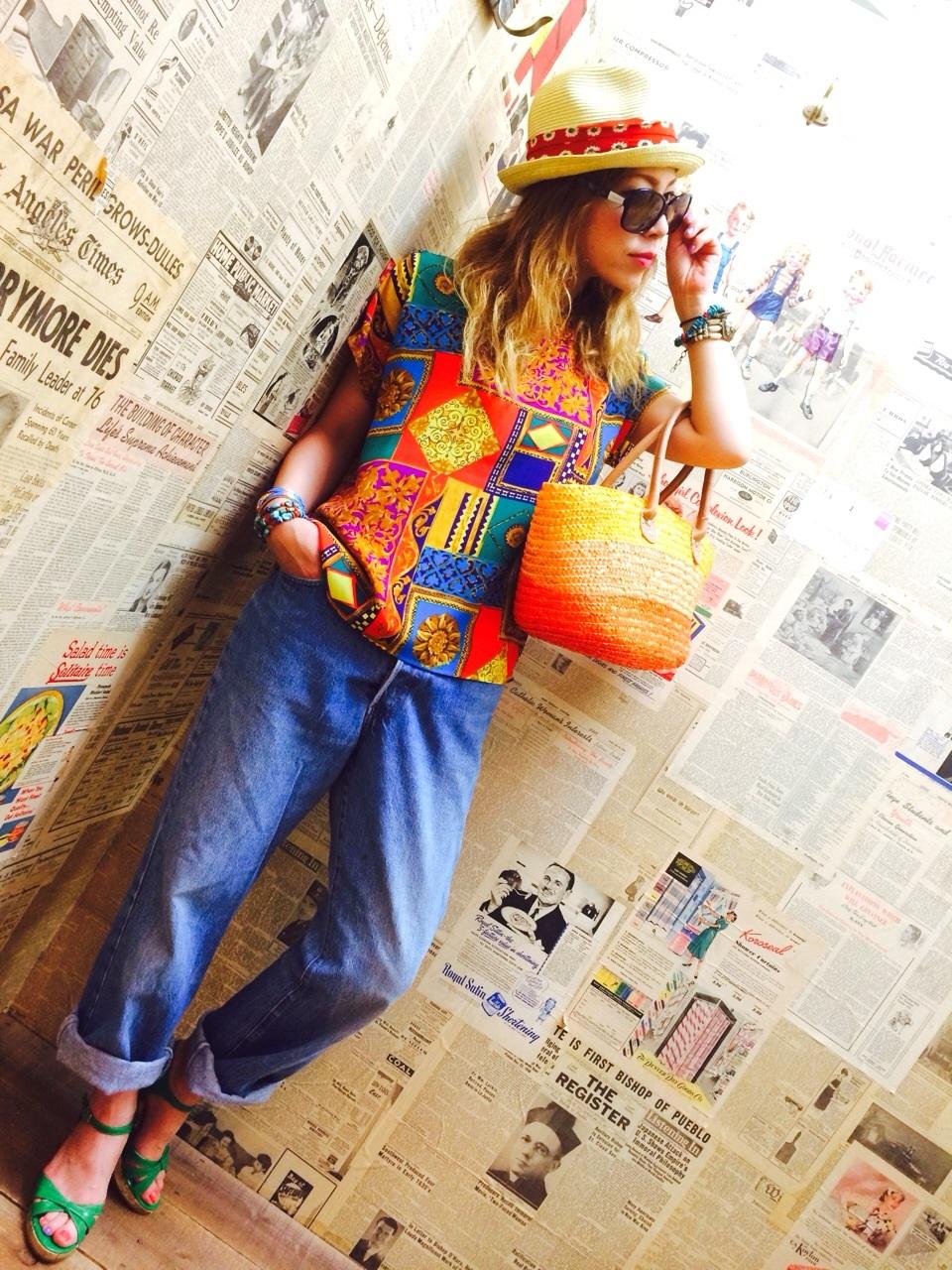 柄TEEシャツとお得な情報!!_a0108963_2256539.jpg