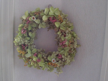 バジルグリーンの紫陽花リース②_c0207719_1644455.jpg