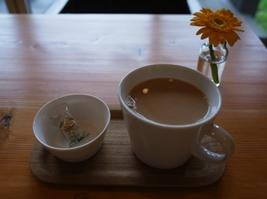 すずめカフェ カフェ・オ・レ問題_a0306620_17363741.jpg