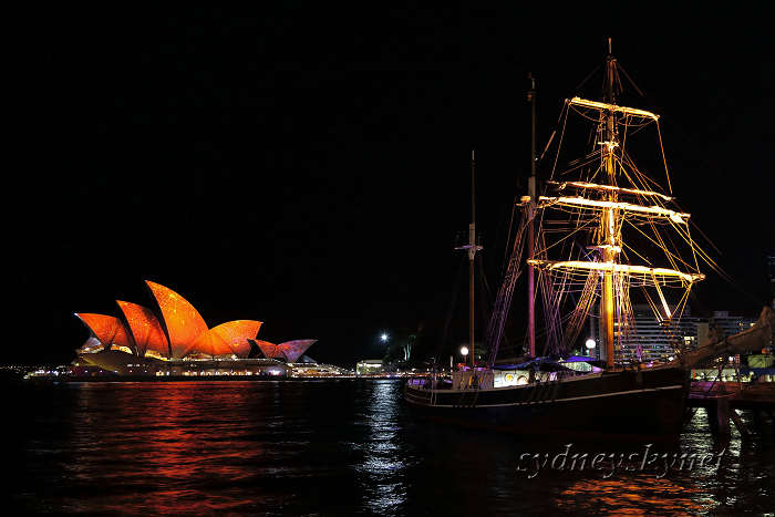 VIVIDSYDNEY 2014 ~11~ opera house_f0084337_19122676.jpg