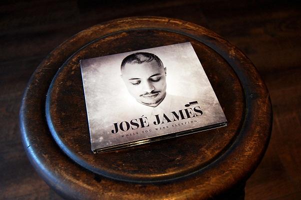 Jose Jamesのニューアルバム『While You Were Sleeping』_e0260759_13544229.jpg