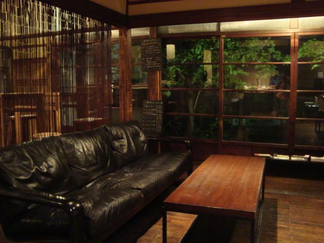 代々木「DADA CAFE」へ行く。_f0232060_1132161.jpg
