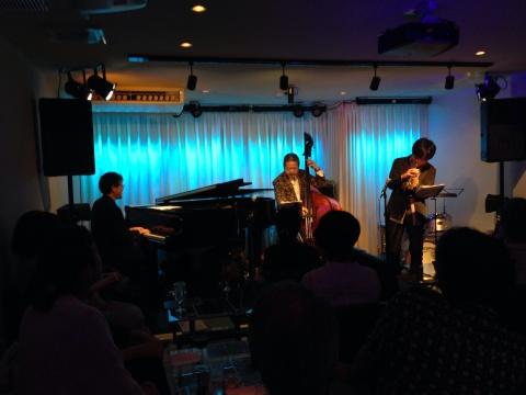 Jazzlive comin 広島 明日30日のライブ!_b0115606_11025791.jpg