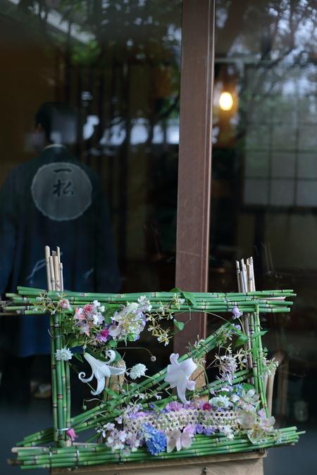 初夏の装花 浅草茶寮一松様へ 風が通るように_a0042928_19472724.jpg