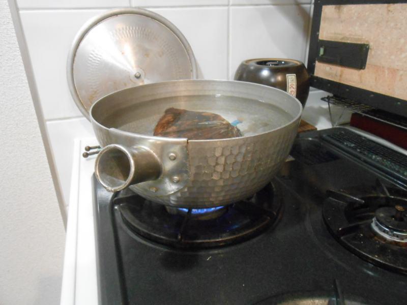 にうし。煮牛のレシピです。チャーシューのレシピでもあります。_a0095931_1263455.jpg