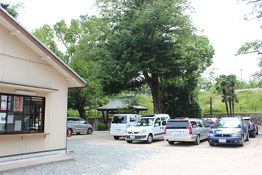 7月からショップの駐車場が変わります!_f0161543_17455886.jpg