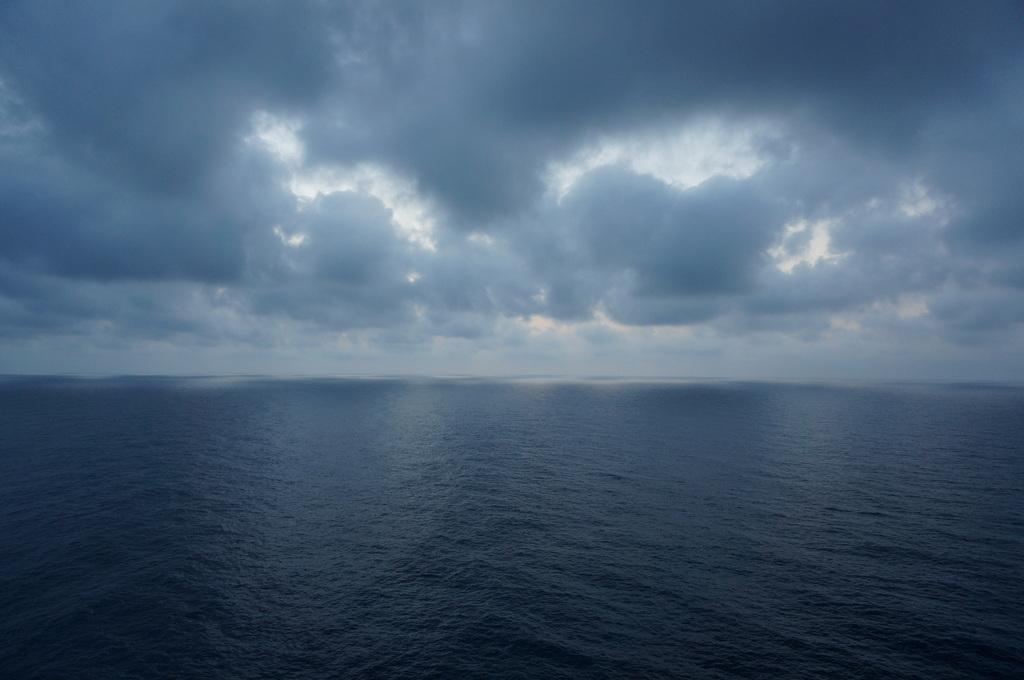 TAG9 最後の航海日。_c0180686_00473487.jpg