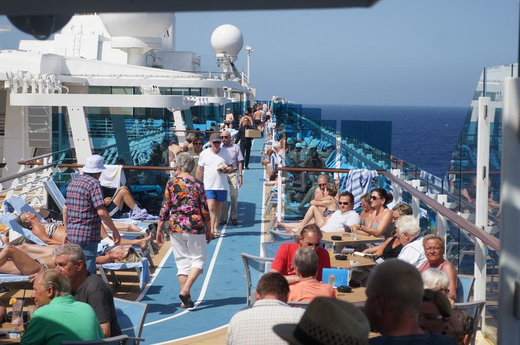 TAG9 最後の航海日。_c0180686_01035995.jpg