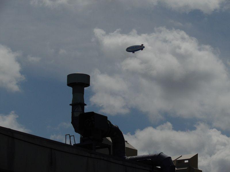 飛行船「スヌーピーJ号」最終飛行_c0025115_18295537.jpg