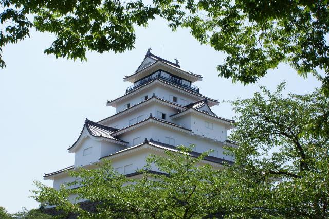 新緑の鶴ヶ城_a0257652_8532649.jpg
