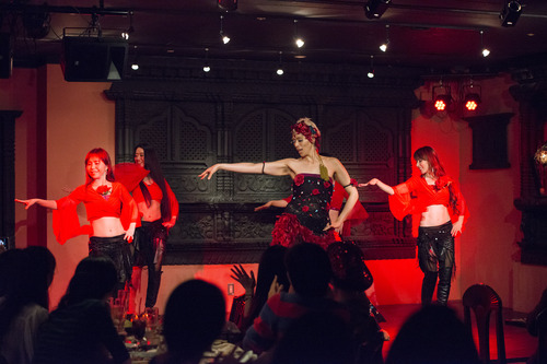 ベリーダンスショー写真&動画(おまけっ)_d0189569_1393216.jpg