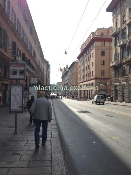 イタリア食旅行記⑥ ジェノヴァのメルカート_b0107003_11531534.jpg