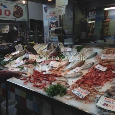 イタリア食旅行記⑥ ジェノヴァのメルカート_b0107003_11553215.jpg