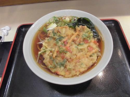 4杯目:富士そば荻窪北口店で天ぷらそば_f0339637_02345765.jpg