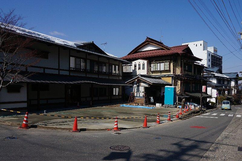 湯田中温泉の町並みと旅館群_c0112559_9195367.jpg