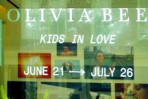"SOHOにある本格的ギャラリーなAGNÈS B.(アニエス・ベー)で写真展\""KIDS IN LOVE\""_b0007805_2216327.jpg"
