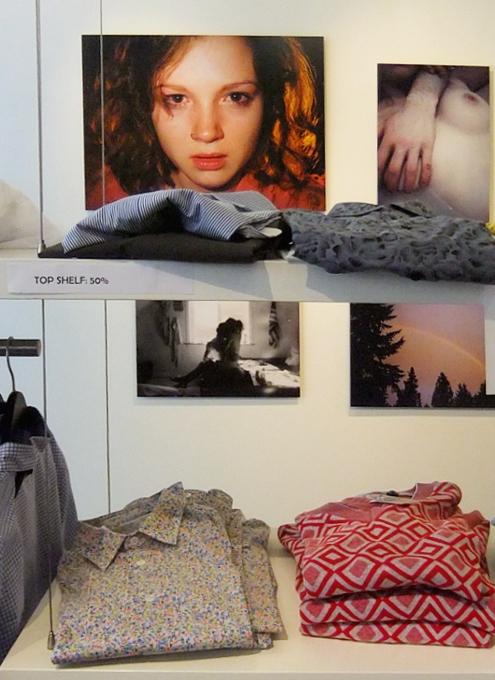 "SOHOにある本格的ギャラリーなAGNÈS B.(アニエス・ベー)で写真展\""KIDS IN LOVE\""_b0007805_22223054.jpg"