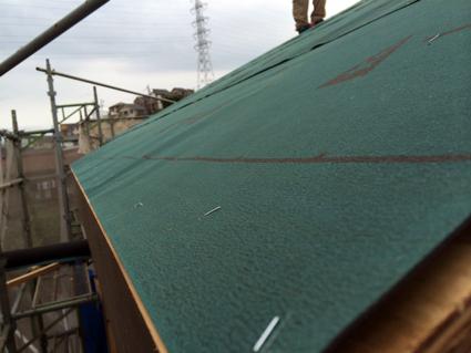屋根の準備と壁の準備_a0148909_10551022.jpg