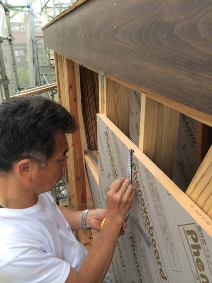 屋根の準備と壁の準備_a0148909_1059834.jpg