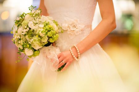 新郎新婦様からのメール 春の装花 ブラッスリー・ポールボキューズ様へ 夢ほたる3 _a0042928_18535953.jpg