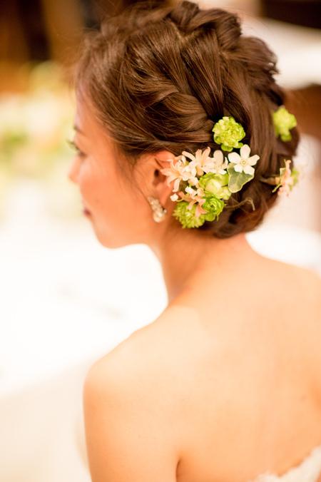 新郎新婦様からのメール 春の装花 ブラッスリー・ポールボキューズ様へ 夢ほたる2_a0042928_19104994.jpg