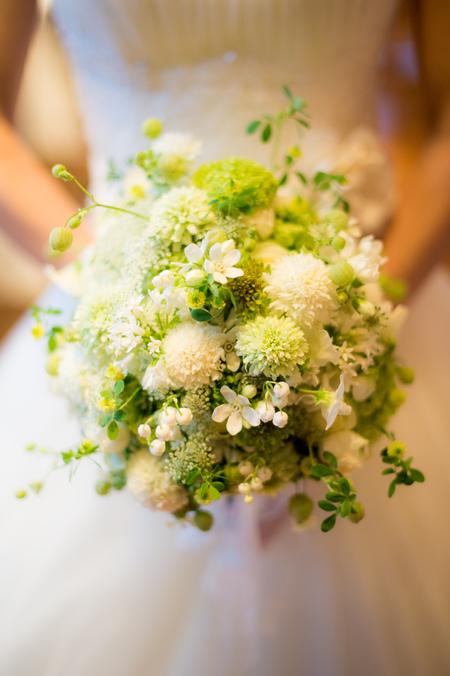 新郎新婦様からのメール 春の装花 ブラッスリー・ポールボキューズ様へ 夢ほたる2_a0042928_19124796.jpg
