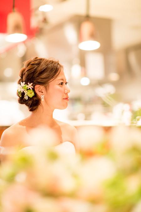 新郎新婦様からのメール 春の装花 ブラッスリー・ポールボキューズ様へ 夢ほたる3 _a0042928_1934781.jpg