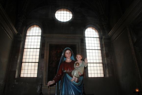 SKY140704 グィニフォルテ・ソラーリによって1469年に完成されたゴシック様式の教会である。_d0288367_198382.jpg