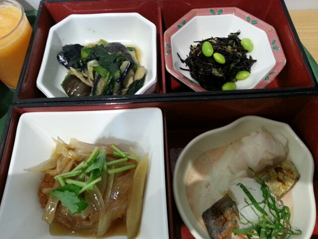 今日の昼食@会社Vol.552_b0042308_1238738.jpg