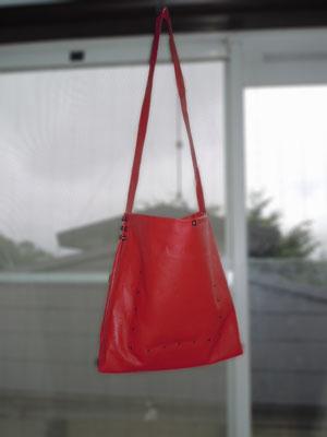 革のバッグを作ってみた2_a0147566_11232412.jpg