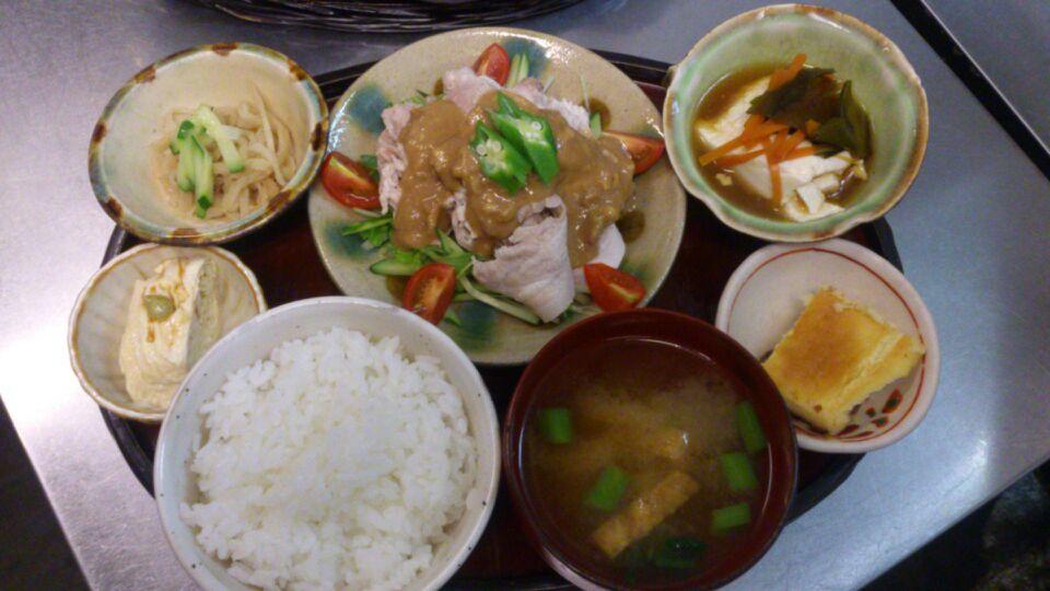 ☆豚バラ肉の冷しゃぶ〜くるみ味噌だれ☆_c0143073_11574479.jpg