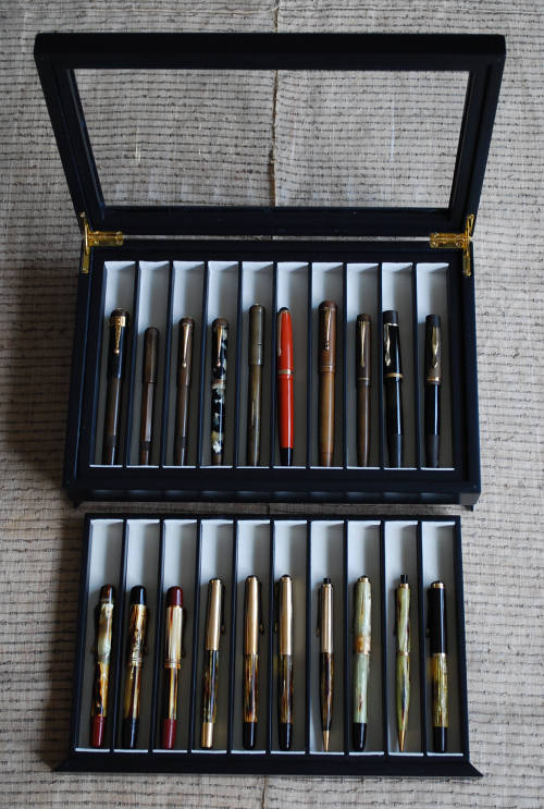 Pen Collection Box _e0200879_1347653.jpg
