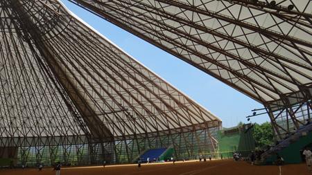新国立競技場の可動屋根_d0017039_1854915.jpg