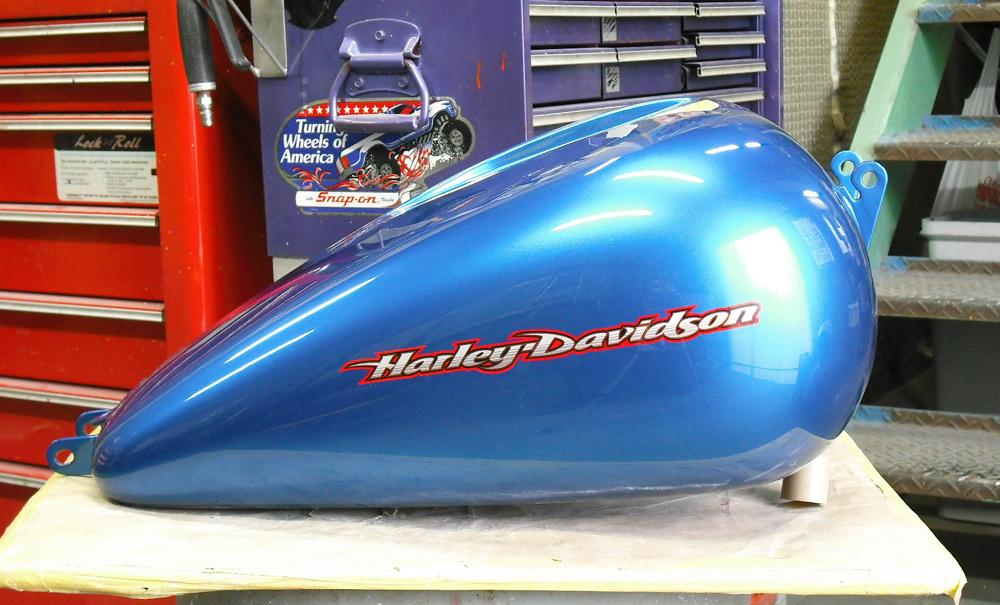 ハーレーのガスタンクを2種類うpするよ。_d0130115_13224754.jpg