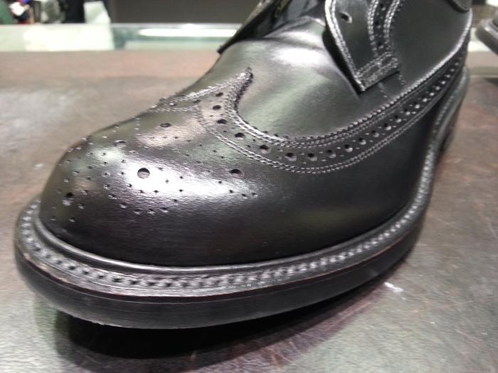 """靴のお手入れ艶出しの決め手は""""ブラシ""""ですよ。_b0226322_16571393.jpg"""