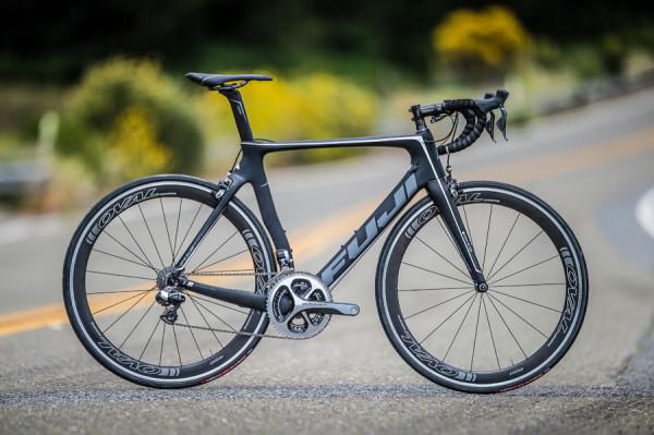 自転車の 自転車 プロチーム 機材 : Fuji Road Bikes