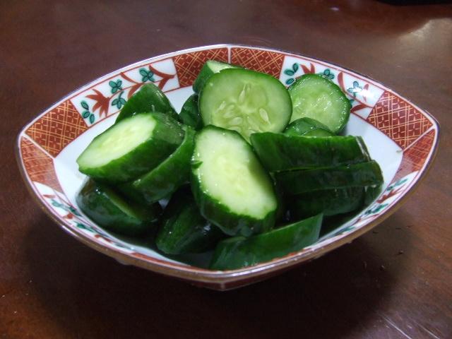 畑直送野菜で夕食作り_f0019498_1630683.jpg