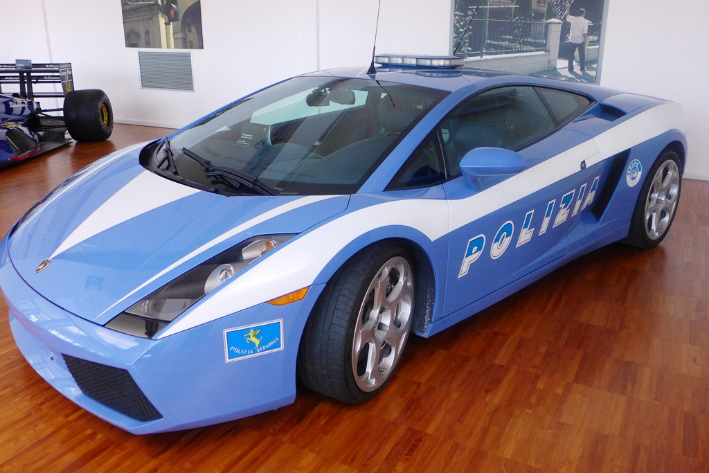 how to get to lamborghini museum from bologna