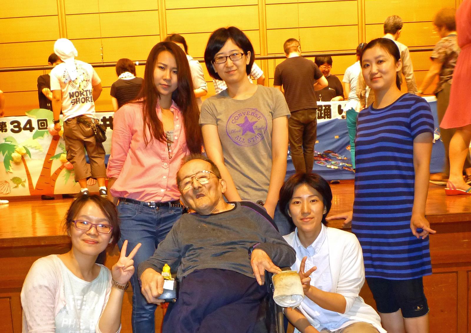 漢語角メンバー、中国人留学生今年も活躍_d0027795_9365965.jpg