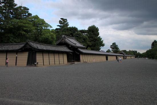 京都御苑散策_e0048413_2112453.jpg