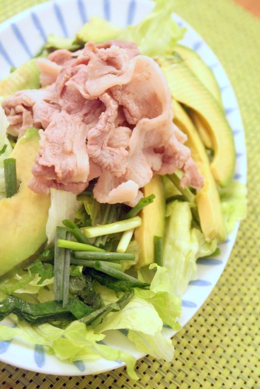 ゆで豚とアボカドのポン酢サラダ_f0141419_08435046.jpg